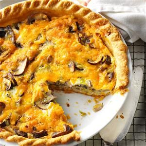 Mushroom & Leek Pie Recipe - This is fairly easy and deliciously savory. I used oyster, portabella and baby bella mushrooms. Shitake would work well here also.