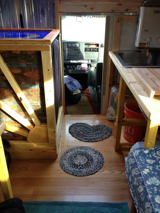 Tinyhouse In An Old U Haul Truck That A Girl Built With