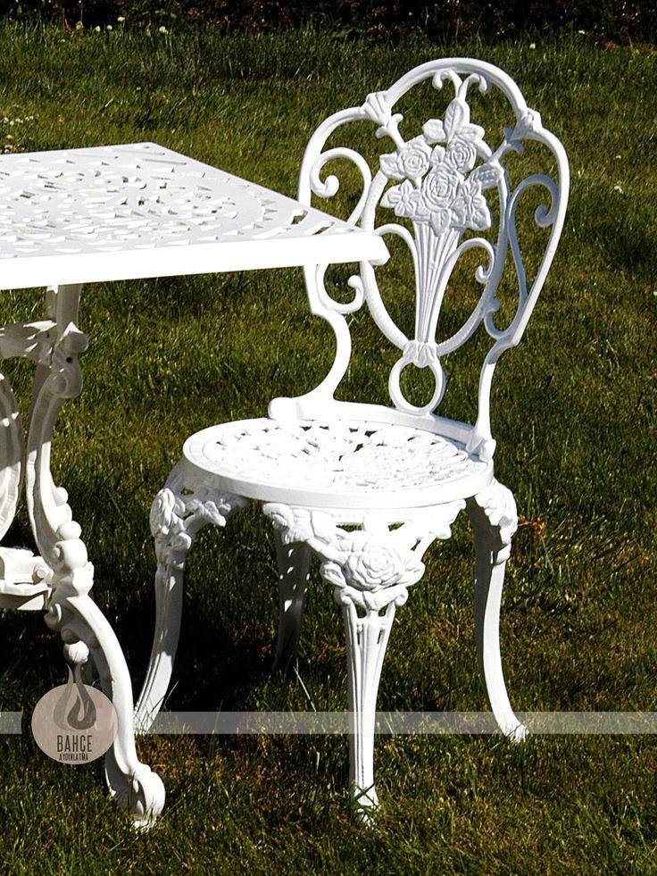 Yuvarlak Döküm Sandalye - BA-003