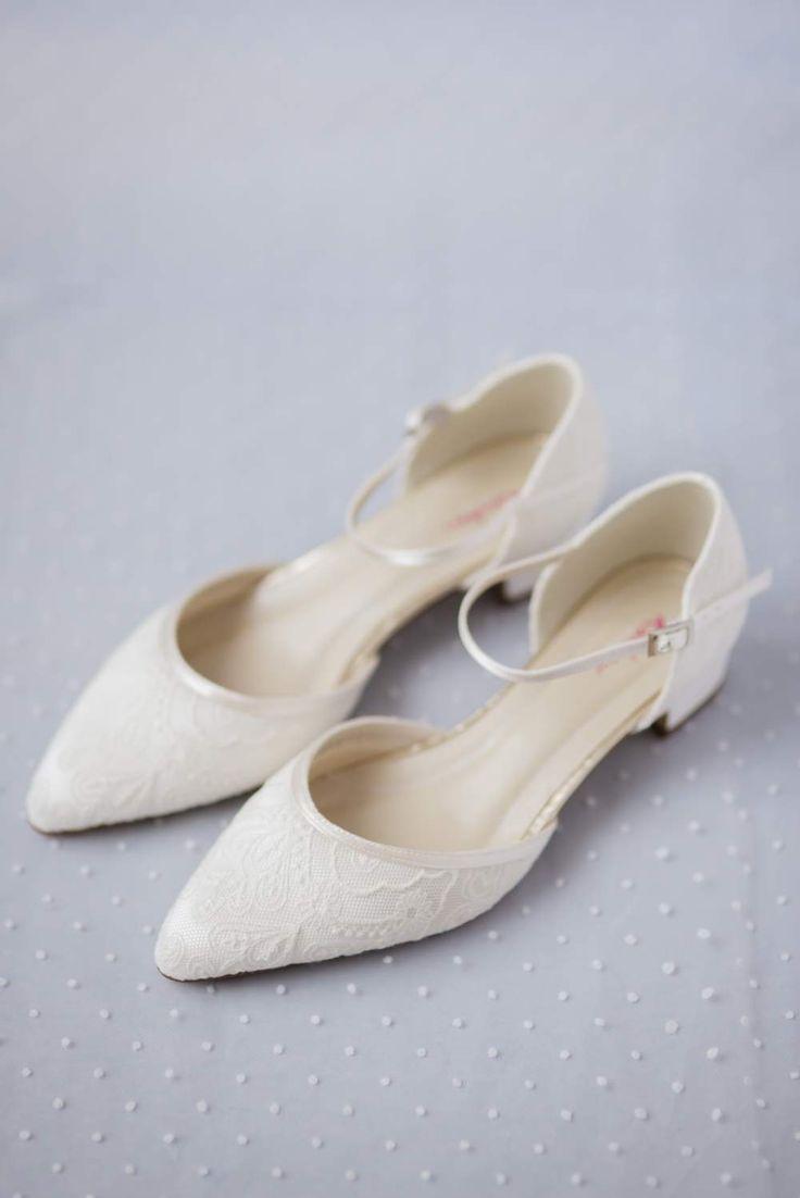 Bruidsschoenen met lage hak