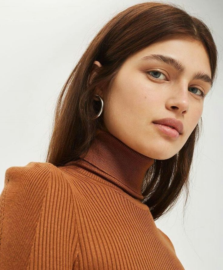 Best 25+ Short Hair Model Ideas On Pinterest