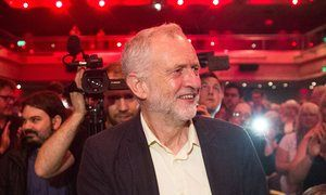 High court to rule on new members' vote in Labour leadership ballot