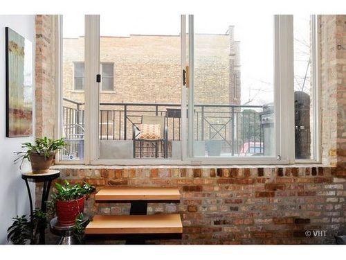 This Fab Two Bed Two Bath St. Ben's Loft Is Only $365K - On The Market - Curbed Chicago
