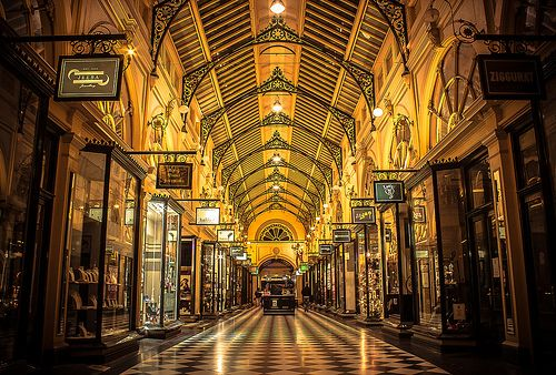 Royal Arcade - Melbourne (Looking towards Bourke Street Mall ...