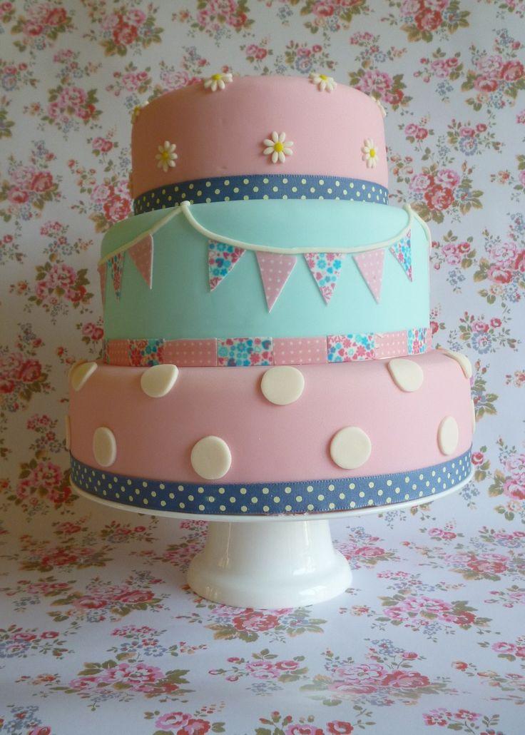 Vintage inspired bunting cake by The Little Velvet Cake Company
