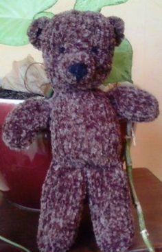 du tricot et des jouets: modèle du petit nounours.