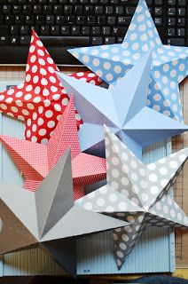 Step-by-step directions to make these 3D patriotic stars for your American theme classroom! Just use scrapbooking paper and a little time!