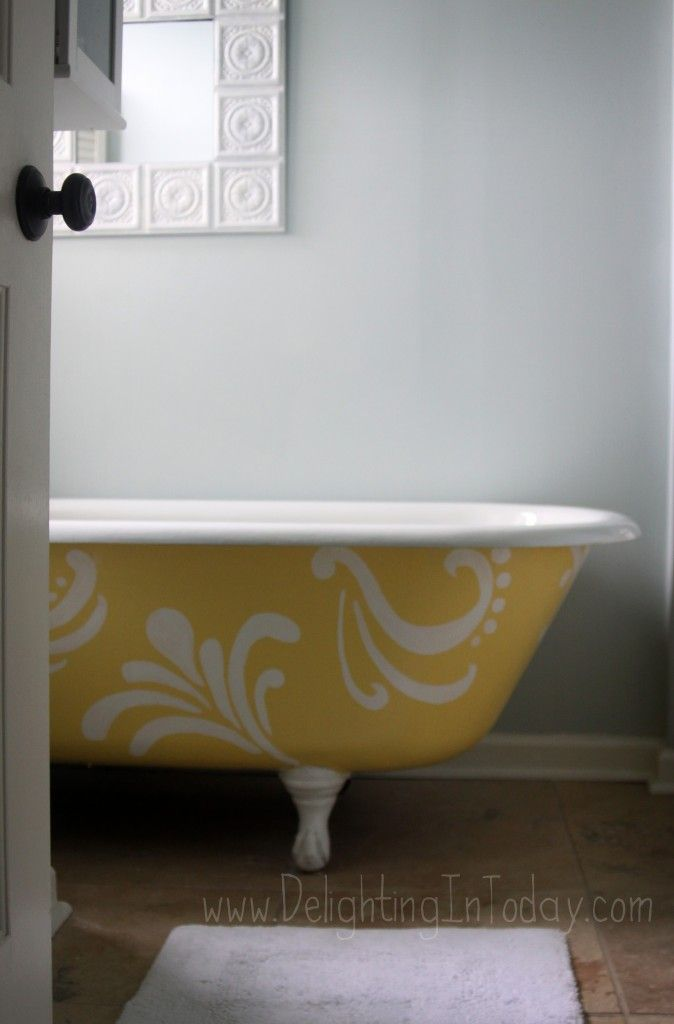 Painted Clawfoot Tub | Beautiful! Sarah Over At Delighting In Today Has  Some Handy Tips