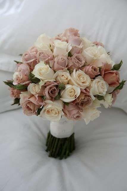 Ramos de novia: Tendencias para 2015 - Bouquet de rosas para las novias
