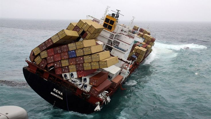 This container ship accident is like a disaster frozen in time