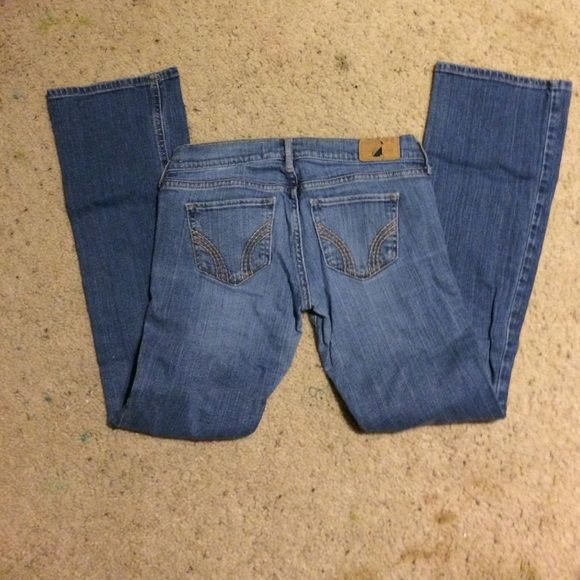 Hollister boot cuts Boot cut jeans in pretty good condition Hollister Jeans Boot Cut