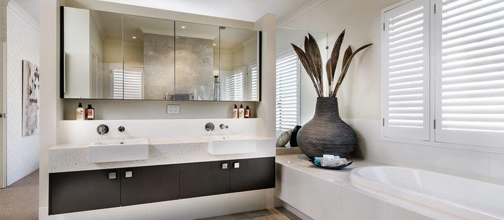 panorama ensuite bathroom | APG Homes