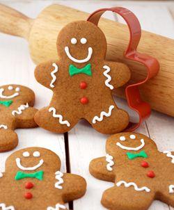 Kue Natal Khas Di Berbagai Negara - Selain hiasan natal seperti pohon natal, ada satu lagi yang pasti disiapkan untuk menambah kemeriahan natal yaitu kue natal. Di setiap negara ternyata makanan khas di hari Natal berbeda-beda. Berikut ini beberapa kue-kue natal khas dari beberapa negara.