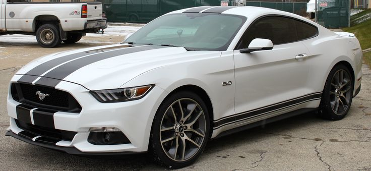 White Mustang Gt W Black Stripes Side View 2015 Mustang