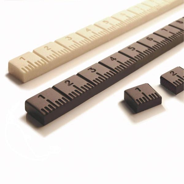 Choco Rulers / Food Design (da sieht man gleich, wieviel Umfang man zugenommen hat ;-) )