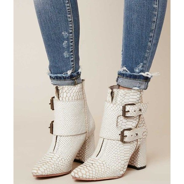 Freebird By Steven Joey Ankle Boot - Cream US 10 ($295) ❤ liked on Polyvore featuring shoes, boots, ankle booties, cream, leather ankle bootie, cream ankle boots, short leather boots, short boots and buckle boots