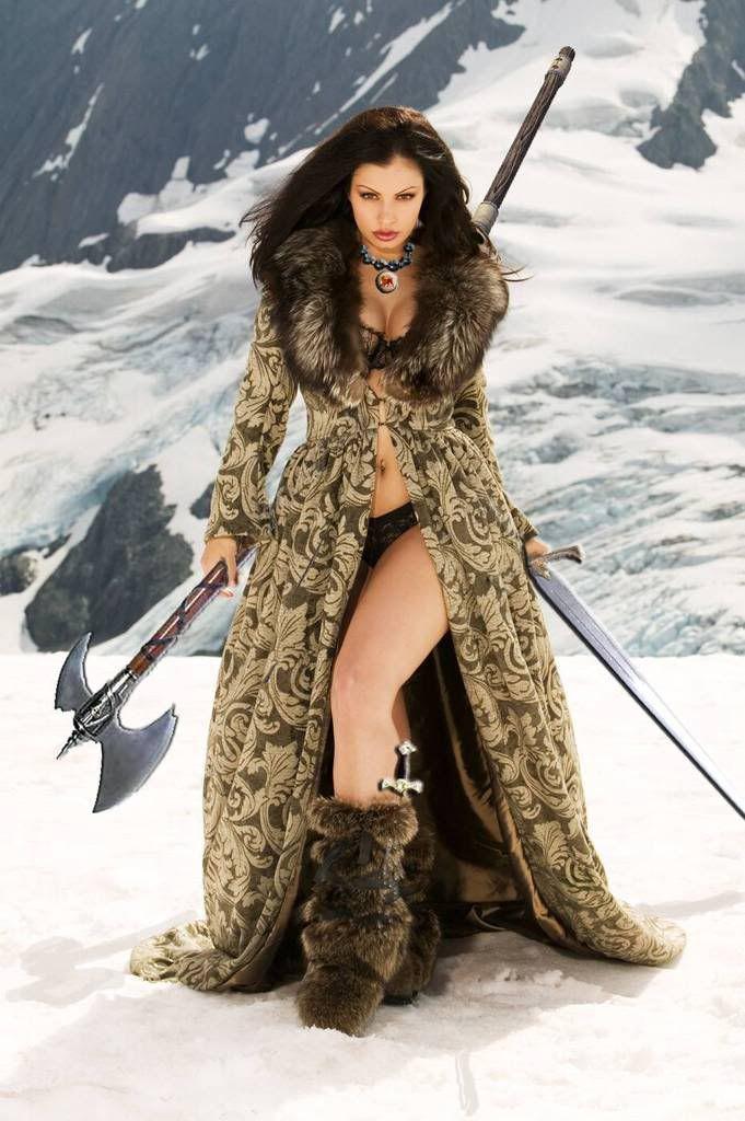 veuiking+women | Amazon Savaşçı Kadın, Amazon Warrior Woman Aria Giovanni | Amazon ...