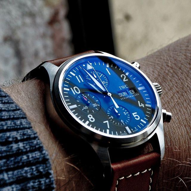 Élégance absolue ! Chronographe IWC  #Men #Montres #Dream #IWC  #Style #watch #chronograph #Luxury #Pieceofluxury