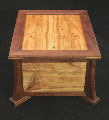... With Some Arts And Crafts Elements, Two Tiers Of Storage, And A Hinged  Lid With Built In Stop. The Woods Are Walnut And Apricot, Finished With  Watco.