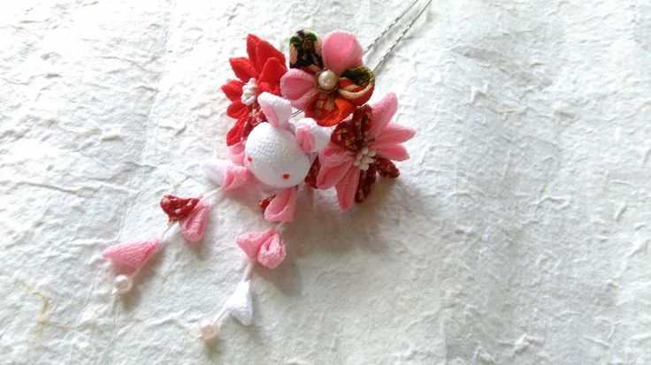 Tsumami zaiku Kanzashi flower hair stick,fork  Bunny flower(Pink) by chirimenbunny on Etsy