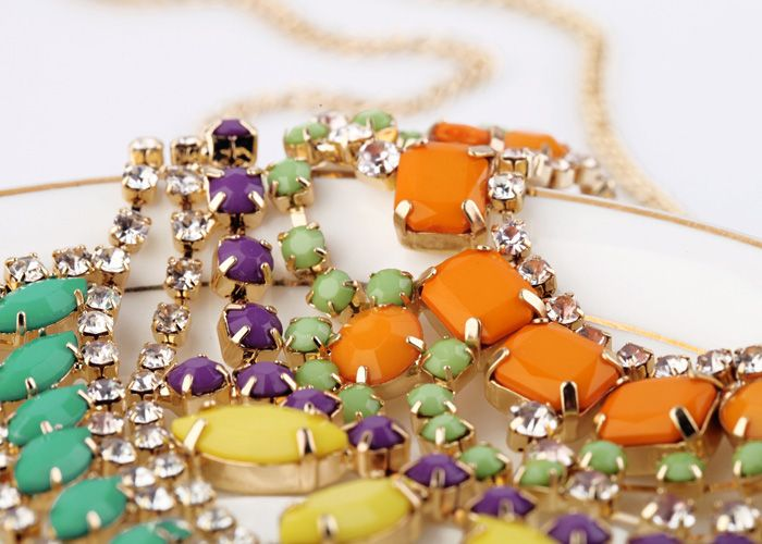 great site for clothing, jewelry, bags. reasonable prices.