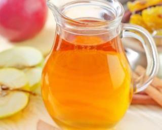 Jus de pomme Granny chaud et cannelle : http://www.fourchette-et-bikini.fr/recettes/recettes-minceur/jus-de-pomme-granny-chaud-et-cannelle.html