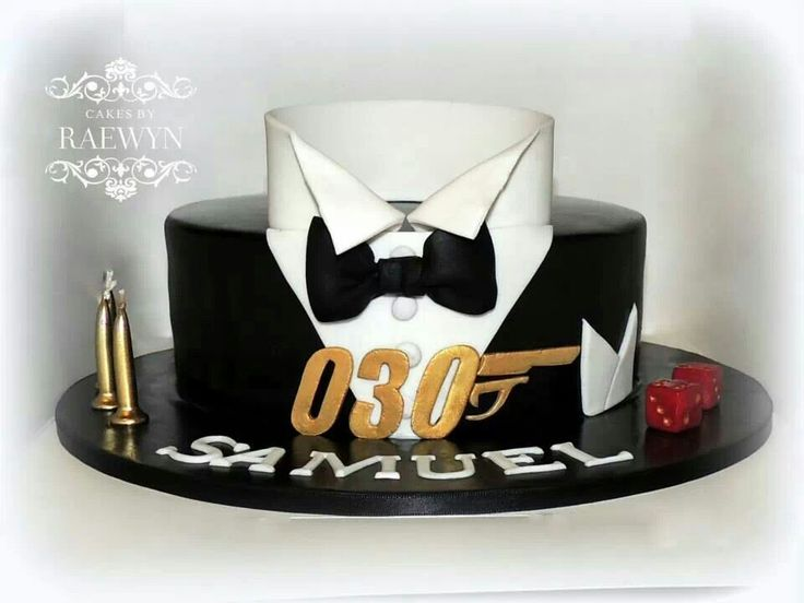 Love this James Bond inspired birthday cake, by Cakesbyraewyn