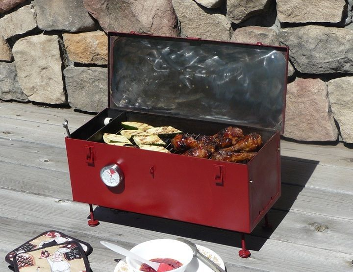 DIY- Portable Toolbox Grill - Improved:  recycled/repurposed toolbox.  *Note to self use heavy steel toolbox.