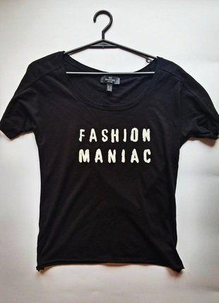 Kup mój przedmiot na #vintedpl http://www.vinted.pl/damska-odziez/koszulki-z-krotkim-rekawem-t-shirty/16295245-t-shirt-czarny-marki-mango-idealny-na-jesien-xs