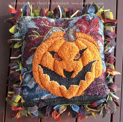 Waldeboro Style (Sculpted) 3-D Scary Jack Pumpkin - Just AWESOME!! Love the Prodded Fringe too! -- Rug Gallery - cdb Studios