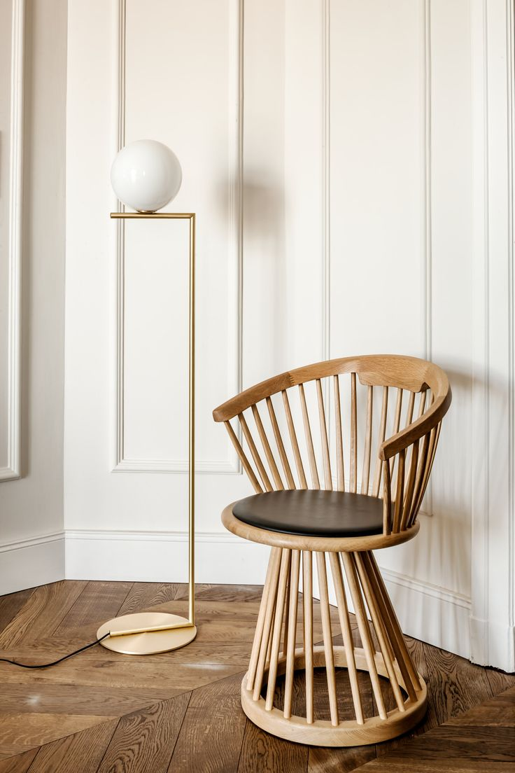 Tom Dixon Fan chair & Flos lamp