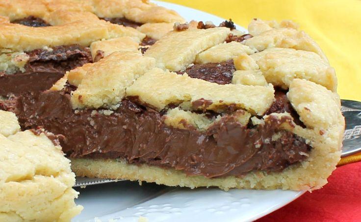 Volete preparare un crostata con nutella golosissima con la nutella che non indurisce e una frolla friabile e leggera? Seguite i miei consigli!