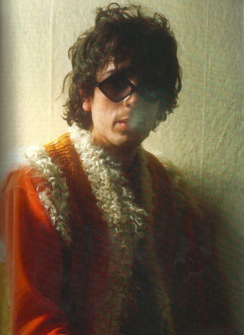 Syd Barrett (January 6, 1946 - July 11, 2006) American singer, guitarist, composer (Pink Floyd).