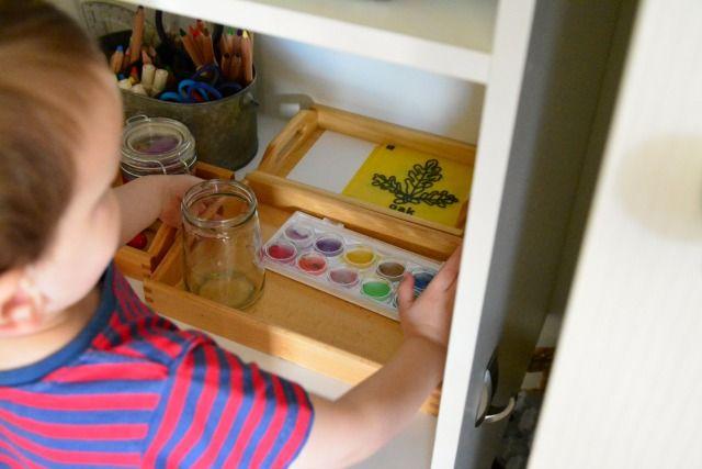 8 consigli per insegnare ai bambini a mettere e a mantenere in ordine la propria cameretta