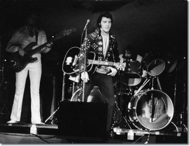 Elvis Presley Boston Garden November 10 1971 8 30 Pm