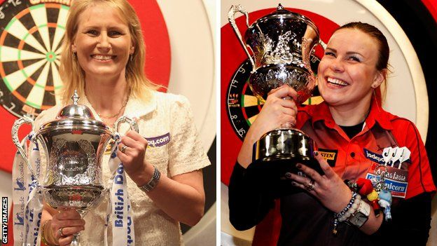 Trina Gulliver (left) and Anastasia Dobromyslova. Darts Women's World Championship 4th-12th January #supporteverymove