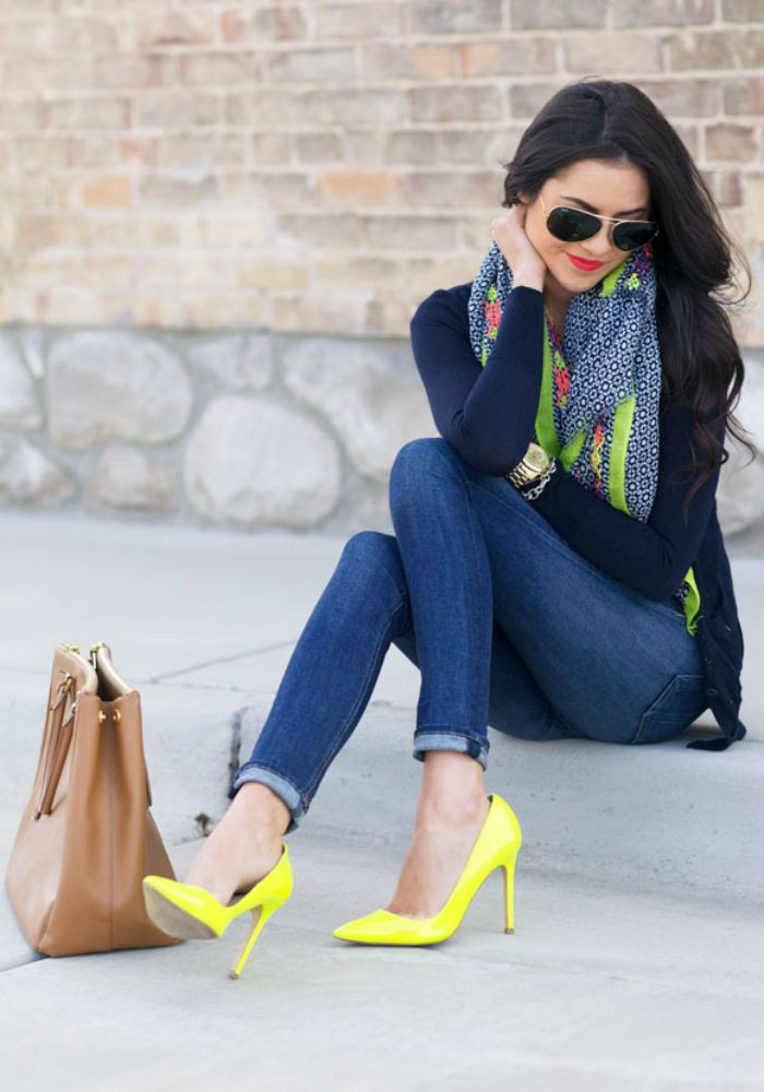 marvelous outfits with yellow shoes blue