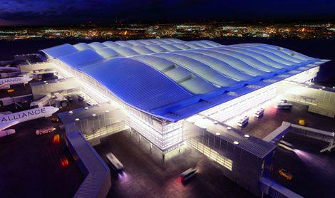 London Heathrow Airport, Terminal 2, Foster + Partners