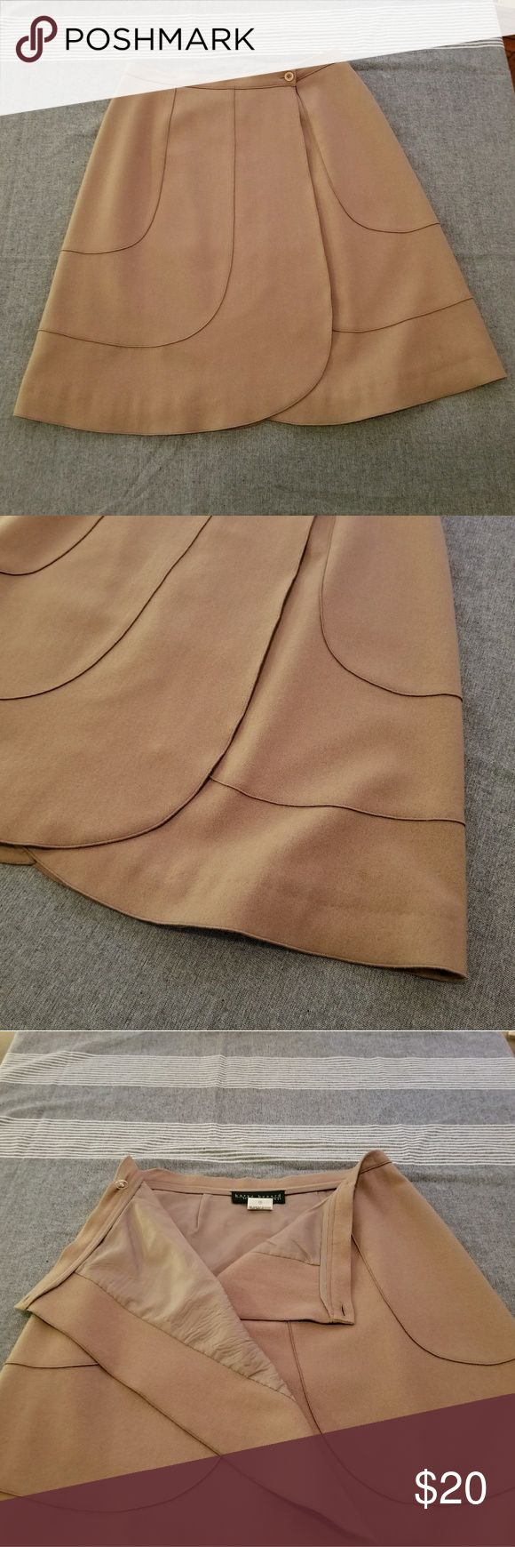 Harve Benard Camel Skirt w Piping Detail Are you thinking of starting a one woman detective agency? Well, this is the skirt for you.  Knee length, wrap style DARLING wool/viscose, fully lined, camel color skirt by Harve' Benard. One blemish on the back as shown. Good used condition. Harve Benard Skirts A-Line or Full