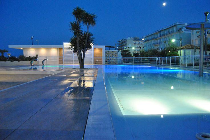 pool by night relax beach wellness