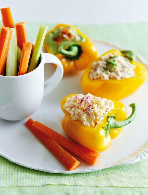 Jarní pomazánky v jedlých mističkách Foto: Gurmet