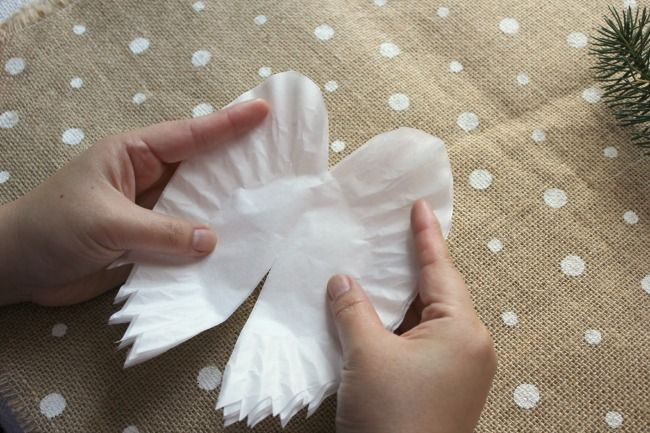how to turn coffee filters into sparkling angel wings for, christmas decorations, crafts, seasonal holiday decor
