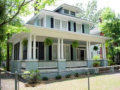 OldHouses.com - 1920 American Foursquare - Victorian Details in Savannah, Georgia