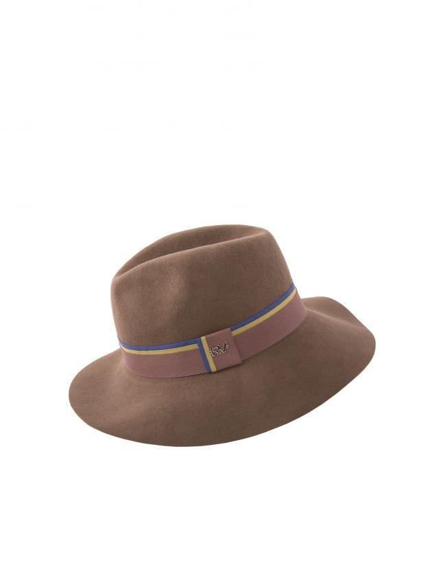 Sombrero de mujer, en fieltro camel