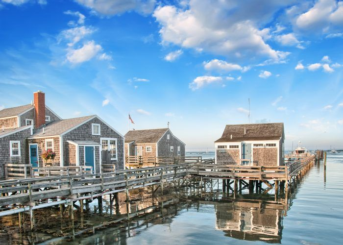For those who don't know the islands as well, here are the best things to do on Martha's Vineyard and Nantucket.