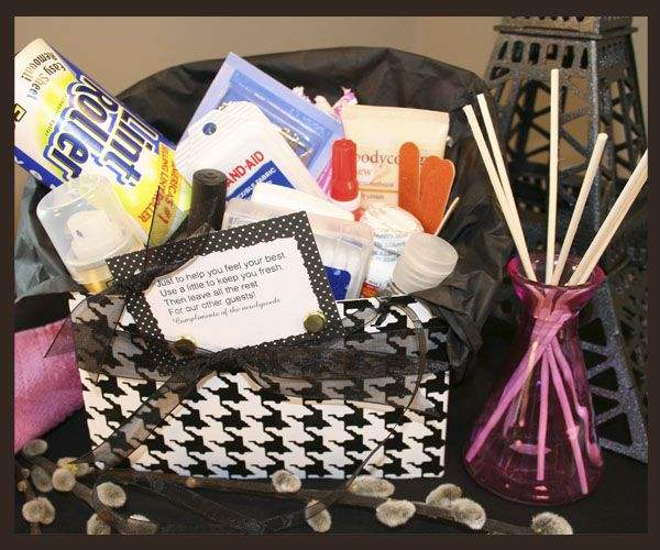 Sandra @ ribbonsandfavors.com DIY for a very handy Bathroom Basket .