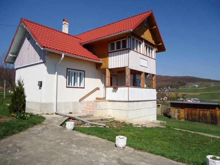 Vila de vanzare Bacau- Luncani- teren 2.060 mp