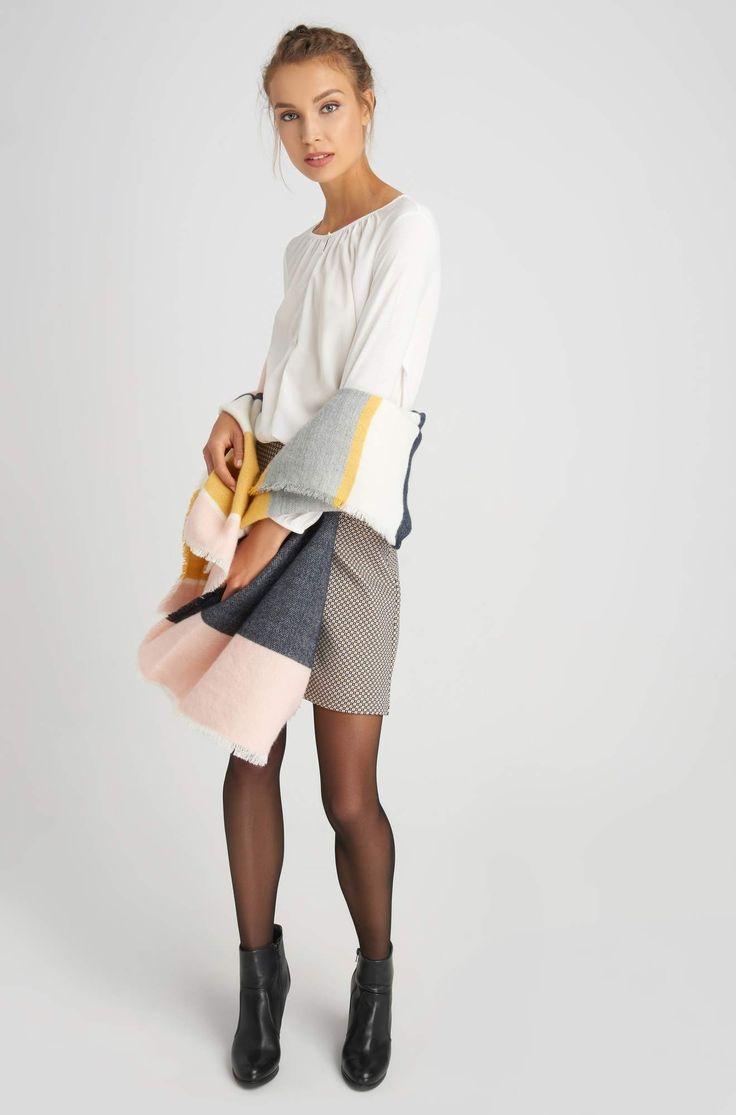 Mini sukně s drobným vzorem