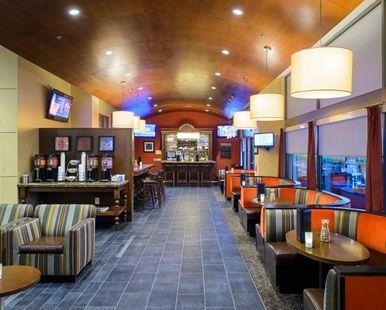 Hampton Inn Philadelphia Center City-Convention Center Hotel, PA - Lounge