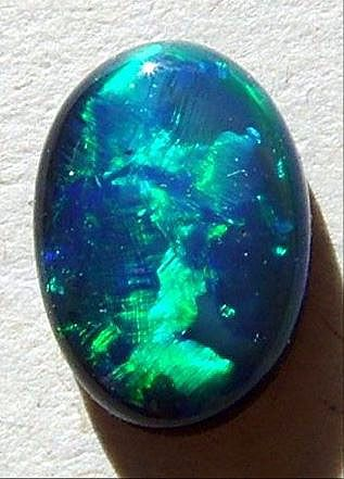 Google Image Result for http://australiantraveller.com/images/galleries/2606/020045blackopal01.jpg